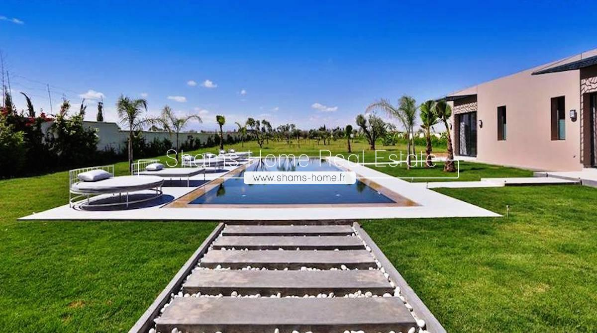 Luxurious Villa For Sale in Marrakech Ourika Road