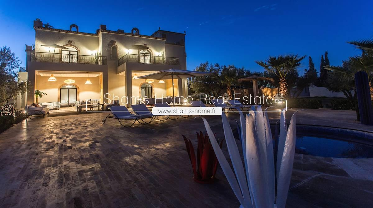 Luxurious Villa For Sale in Marrakech Road to Ourika