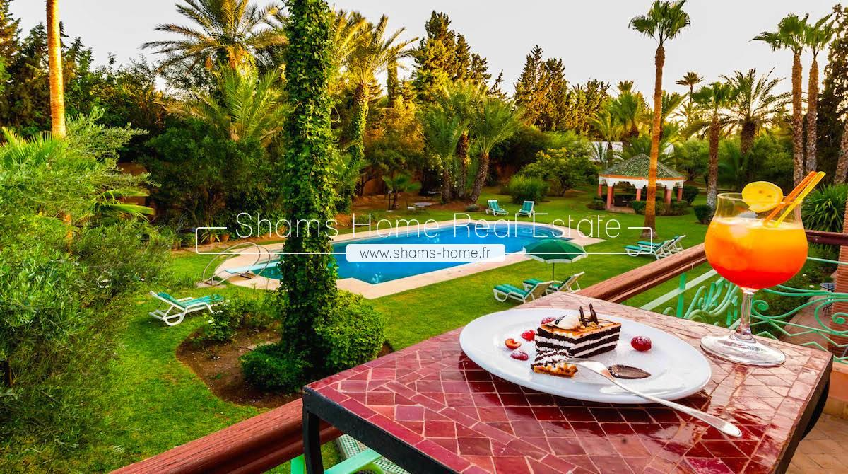 Prestigious Guest House for Sale in Marrakech Palmeraie